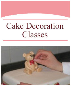 Cake decoration classes at Designer Cakes by Paige