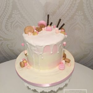 Whit and Pink Drip Cake